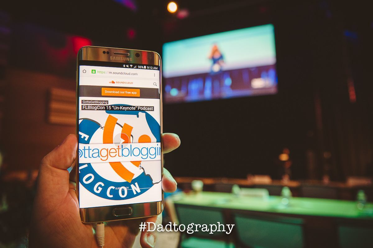 Here's how to contact Dadtography.com