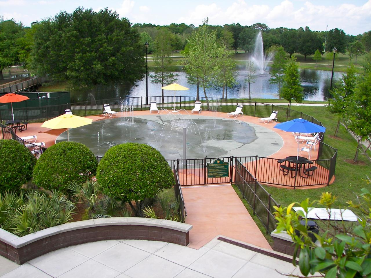 Barnett Park Splash Pad - Photo via www.orlandomagicocflgyms.net