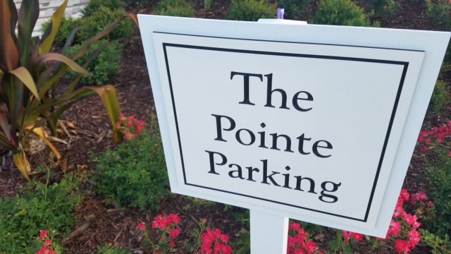 Colonial Grand Randal Lakes - The Pointe Parking