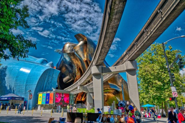 Aurora HDR 2018 Review - Seattle Tram and Museum of Pop Culture
