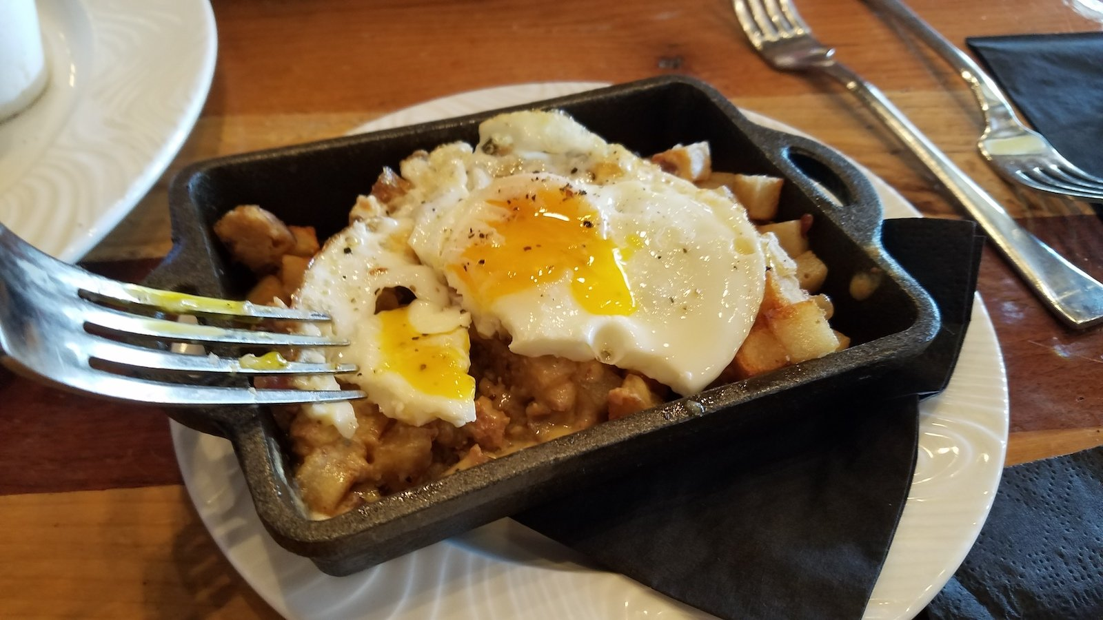 Soco Thornton Park Review - Meatloaf skillet hash