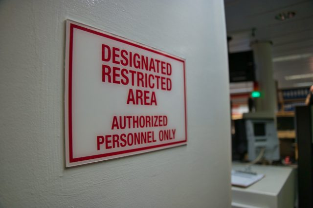 """Behind the Scenes Ship Tour - """"Designated restricted area"""" but I'm going in anyway!"""
