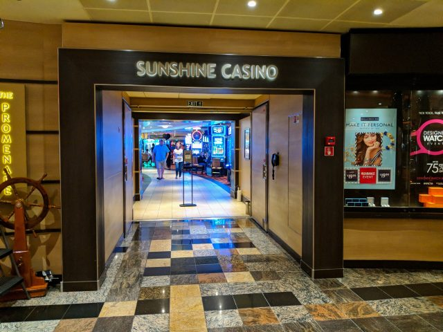 Sunshine Casino on board the Carnival Sunshine Ship